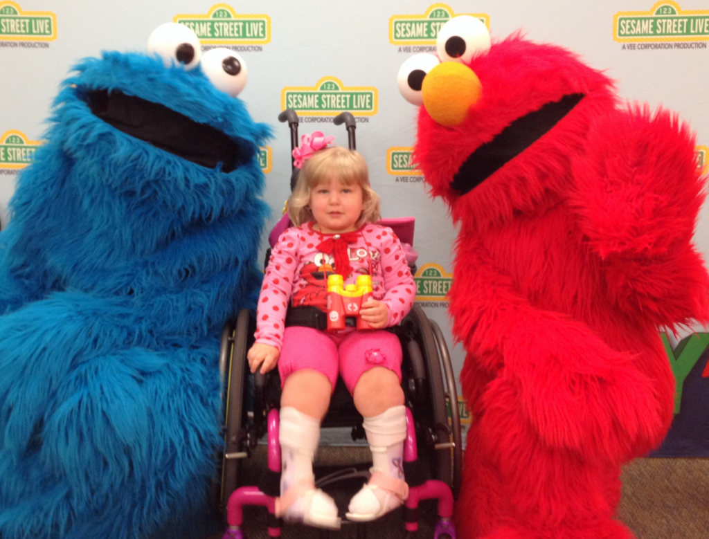 Elmo Live Meet and Greet May 2014 SNAG-0029