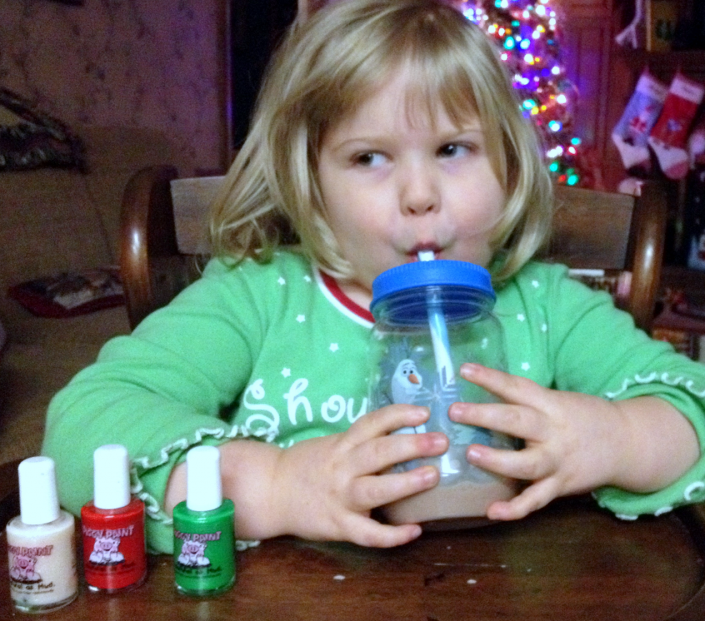 Christmas Finger Nail Painting & 1st Chocolate Milk Dec 2014 SNAG-0002