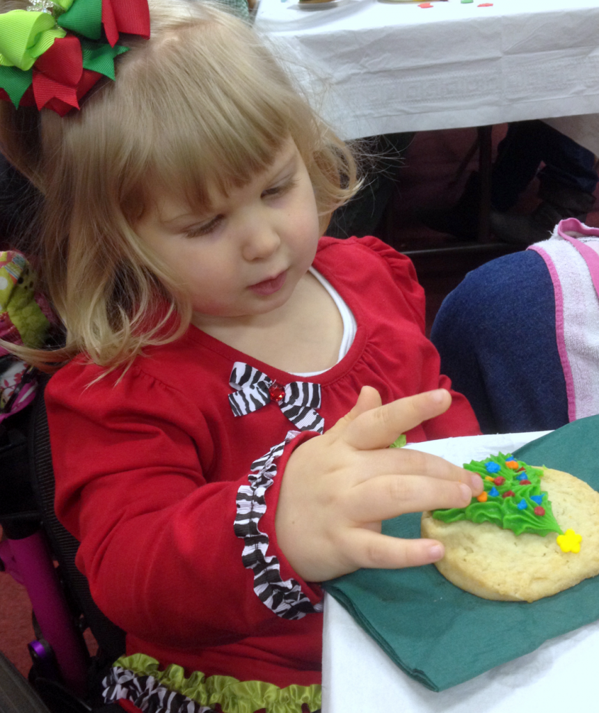 Shriners Christmas Party cookie Dec 2014 SNAG-0027